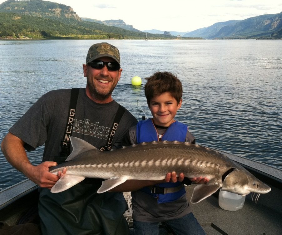 Fall sturgeon fishing - Columbia River Gorge - October 2011